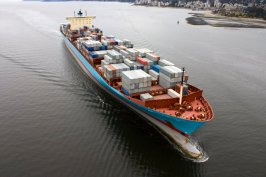 container-shipping-arrival